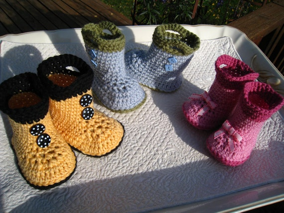 Items similar to Crochet pattern - baby boots, PDF pattern ...