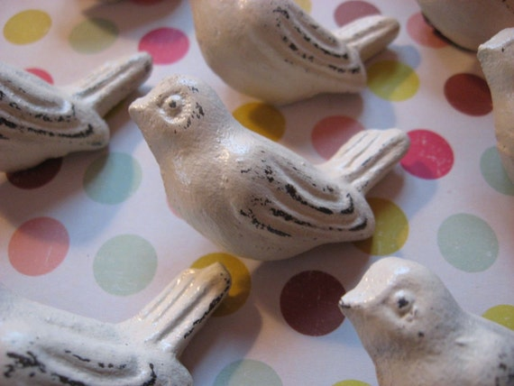 6 Cast Iron Bird Knobs in Cream or Your Choice of Finishes Drawer Pulls Cabinet Furniture Birdies