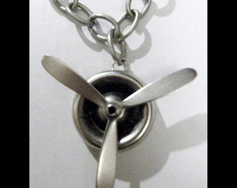 Steampunk Silver Necklace Spinning Large Propeller