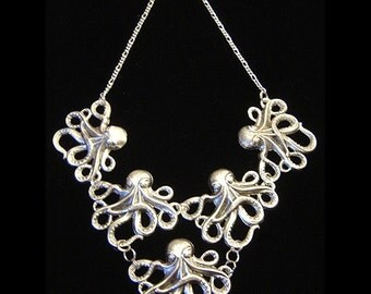 Nouveau Steampunk Cthulhu Octopus Large necklace