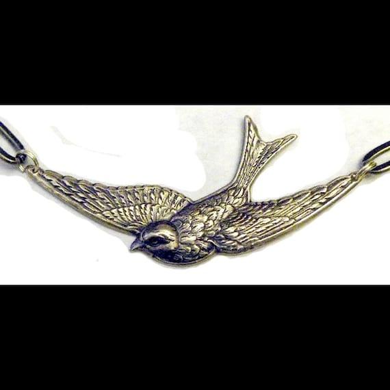 Steampunk Necklace Retro Victorian Swallow Art Nouveau Bird