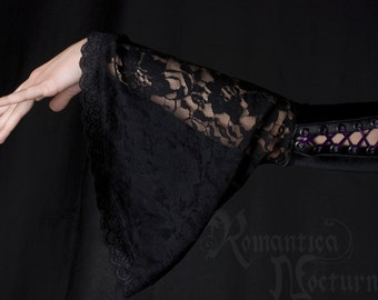 CLEARANCE - Velvet and lace bell sleeves