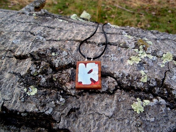 Pewter and wood pendant - Abstract