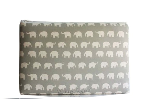 "15 "" Macbook or Laptop sleeve with zipper closure -Gray Elephant - Ready to ship"