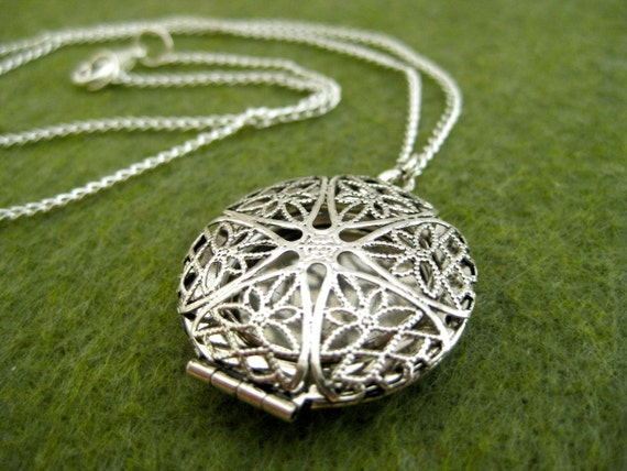 Round Silver Filigree Locket Necklace