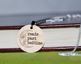 reads past bedtime charm necklace