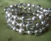 Silver Light- Silver glass pearl bracelet