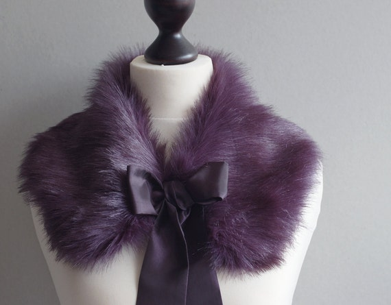 SALE 10% OFF Violet faux fur collar