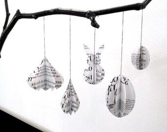 SERIF // Easter Ornaments // set of 5