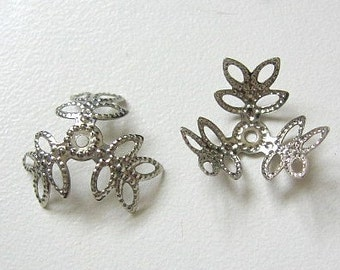 25 Silver Plated 3 Leaf Bead Caps