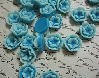 Blue Resin Flower Cabochons 13mm