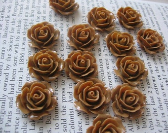 Brown Resin Flower Cabochon 18mm