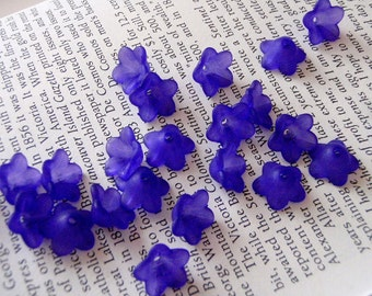 10 pcs Dark Purple Color Frosted Resin Flower Bead Caps 13mm