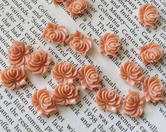 Small Pale Pink Resin Flower Cabochons 12mm