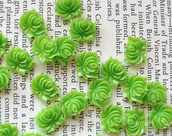 Small Green Resin Flower Cabochons 12mm