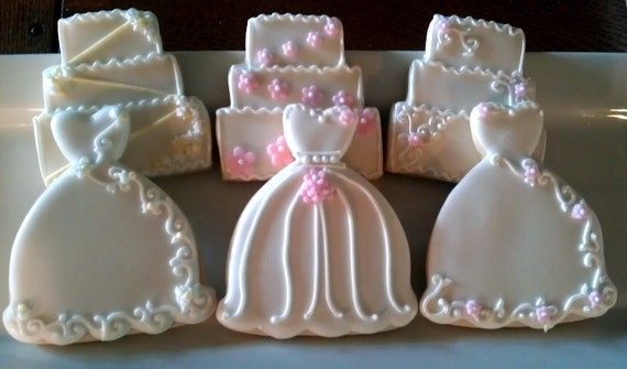 wedding cake cookies for bridal shower 24 decorated sugar cookies wedding dress cake bridal shower 22244