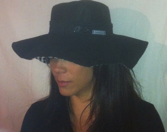 Sunhat for Women Reversible Black and Black and White Houndstooth