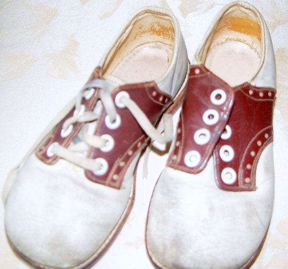RED GOOSE SADDLE OXFORD BABY SHOES VINTAGE 1947