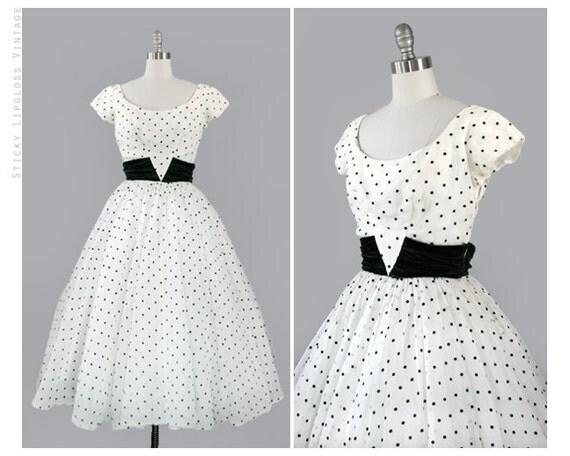 RESERVED: 1950's VINTAGE green & white full dress. 50's swiss dot dress. full skirt. organza. evening. formal. polka dot. white gown 50.
