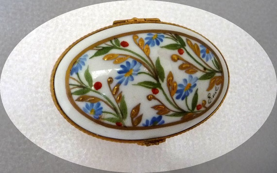 Spring Garden Oval Trinket Box - Paris France Limoges