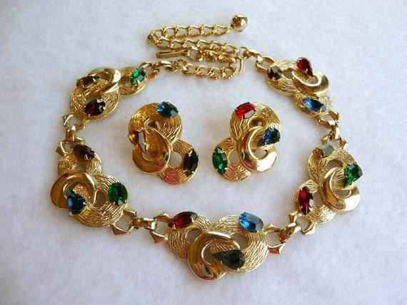 Retro Entwined Circle Necklace & Earring set w Jewel Tone Rhinestones
