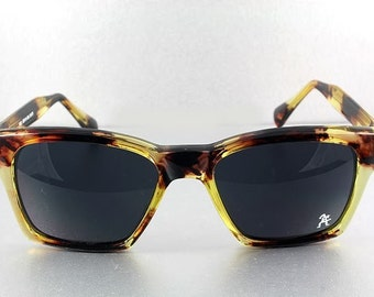 Vintage 80's large square frame retro tortoiseshell color sunglasses Hi Tek