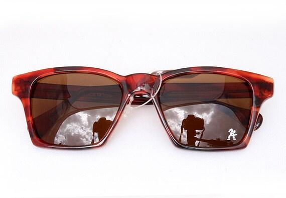 Vintage 80's large square frame retro tortoiseshell color sunglasses Hi Tek