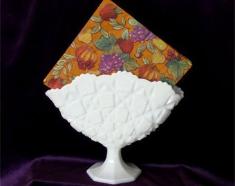 Vintage Milk Glass WESTMORELAND Napkin Holder or Fan VASE in Old QUILT Pattern