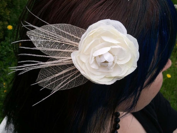 Ivory Rose with Paper Leaves and Peacock Herl Clip