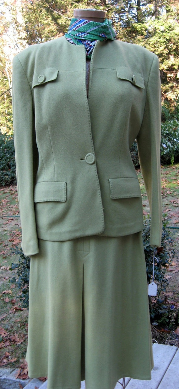 Vintage Suit G. Fox & Co. Tailored Jacket with Basted Stitch Detailing G. Fox Label Classic Suit  Ladies 16 Celery Green