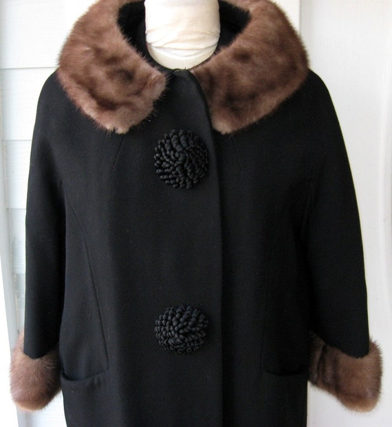 60s Classic Coat / Black Wool with Big Buttons and Fur Collar / Mad Men Worth's Label Large to Xlarge REDUCED