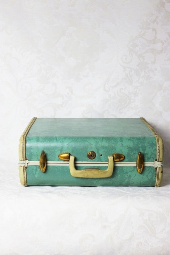 Vintage 1960s Small Samsonite Train Case Luggage Overnight Bag