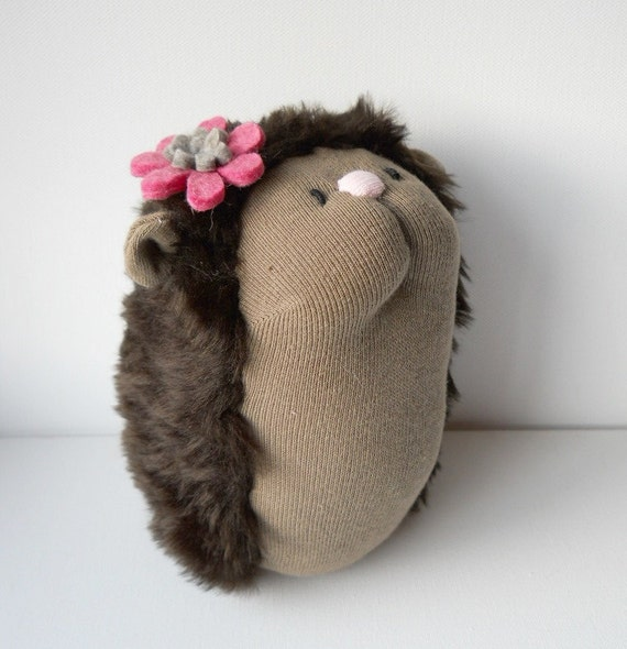 This is a RESERVED LISTING for Lara Laderoute, Hedgehog, Hetty