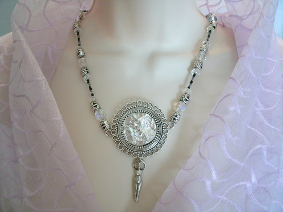 Crystal Energy Goddess Necklace, wiccan jewelry pagan jewerly witch metaphysical magic mystic witchcraft new age wicca