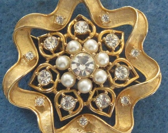 Sarah Coventry Signed Three In One Brooch