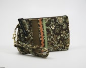 Small Wristlet in Brown and Green Print