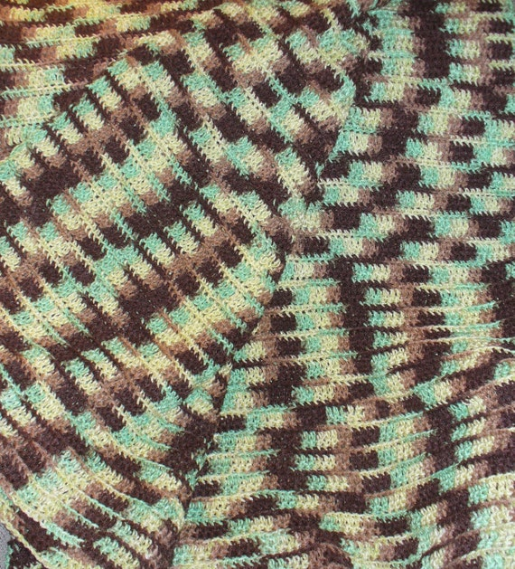 Bed Blanket - Amazon - Brown and Green