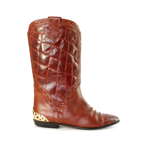 Equestrian Gator: Vintage animal textured Riding boots .heel rands .made in Italy by B.L.T Santa Barbara .for Womens size 6