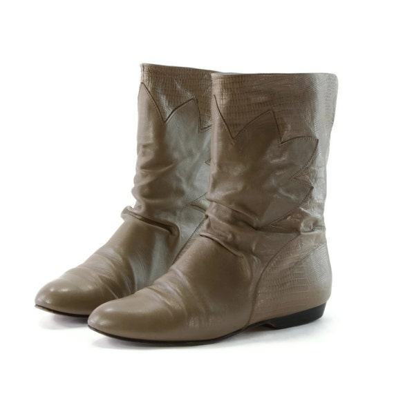 80s Babies: Forced and Coerced Slouch Pixie Boots in Taupe. Leaf Pattern Outlay Fronts. Lizard Textured Backs. Made by Cobbies - womens 7