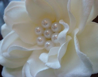 Bridal Gardenia Hair Clip with pearls / bridal hair flower / off white ivory hair flower pearl cluster / JESSICA