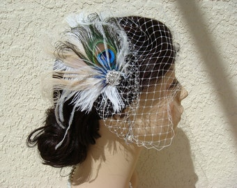 Bridal Feather Facinator and veil SET / Old Hollywood peacock wedding feather white ivory teal blue peacock clip birdcage veil