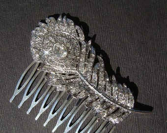 Peacock wedding hair comb / crystal rhinestone peacock feather hair comb / bridal rhinestone hair comb / bridesmaid peacock brooch
