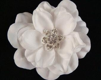 Sparkling STARFISH White Hair Flower, RHINESTONE Center / flower hair clip / bridal white flower / white bridal flower/ hair clip