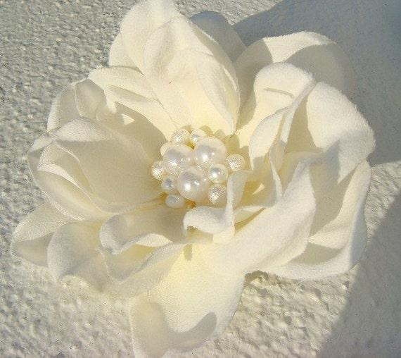 RESERVED Bridal Hair Flower with PEARLS / off white light ivory elegant pearl cluster flower hair clip / ALEXANDRA