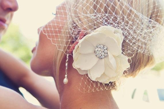 Fall Flower Rhinestone Ivory Bridal Hair flower / vintage style rhinestone center ivory champagne flower hair clip / FLORENTINE