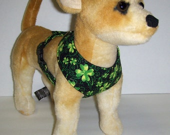 Comfort Soft Harness for Small Dog, Shamrock, St Patricks. (Last one)