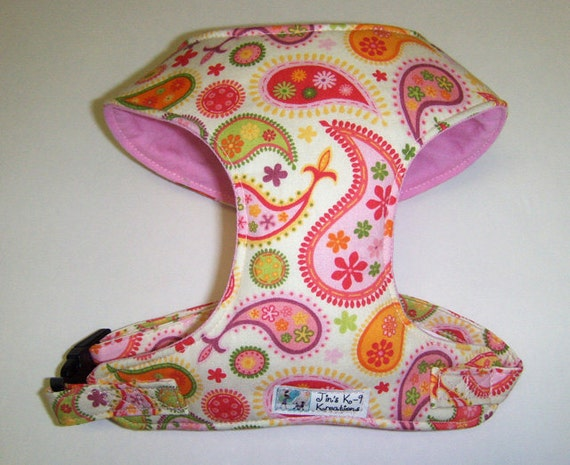Comfort Soft Harness for Small Dog. Paisley.