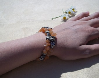 Creativity, Healing Stones Bracelet,Dalmation Stone, orange,red,peach, Aventurine, Adventurine, Writers Block, Memory Wire, Gemstone Synergy