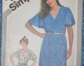 Flutter Sleeve Dress 1980s Vintage Sewing Pattern SIMPLICITY 5138, Size 10