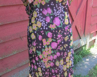 1970s Maxi Dress. New Old Stock Floral- angel Flutter Capelet Sleeves-Empire Waist-Maxi Dress-Gown 1930s Inspired-